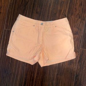I.E Relaxed Coral color shorts